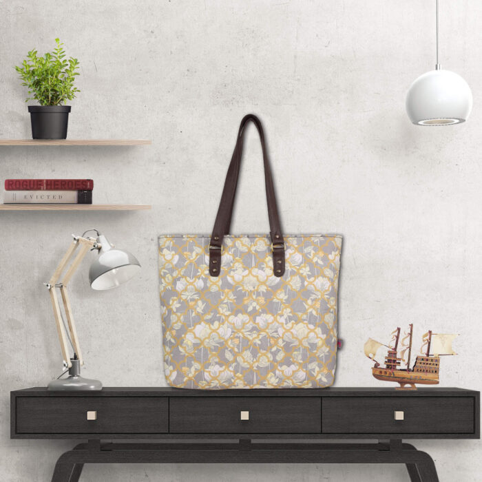White Lotus Flower Designer Tote Bag