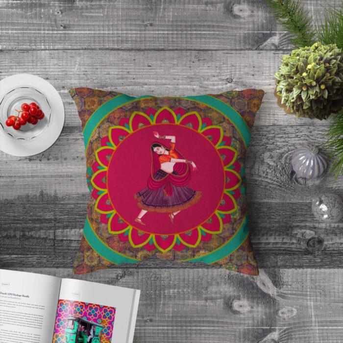 Nritya Kala Cushion Cover